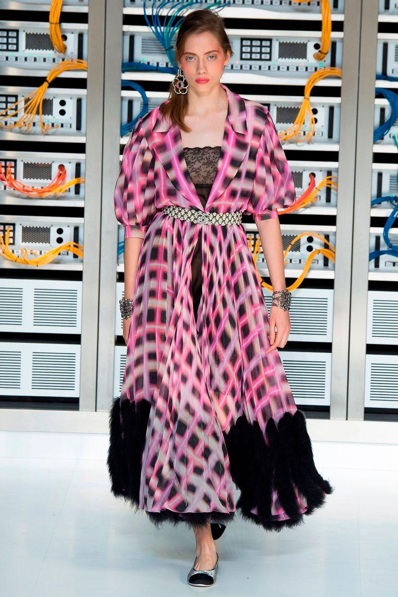 Фото №1: Платье Chanel из коллекции Весна-лето 2017