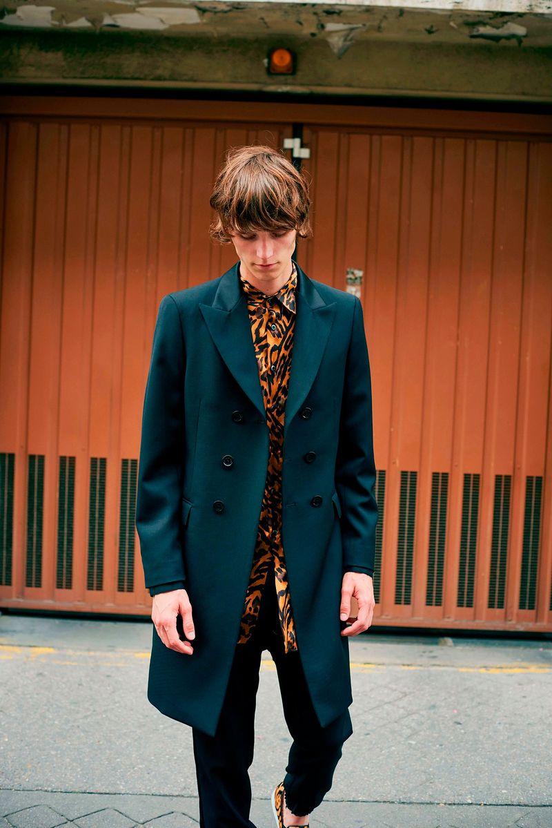 Фото №1: Пиджак от John Galliano из коллекции Menswear SS2018