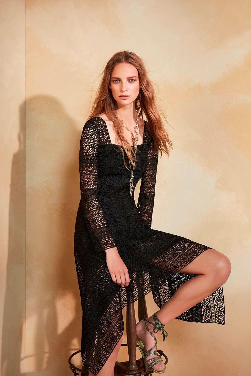Фото №1: Платье от Alberta Ferretti из коллекции Resort 2018
