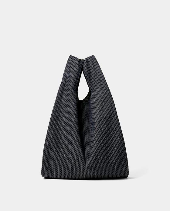 Фото №1: Сумка-шоппер от Zara из коллекции Men's Bags