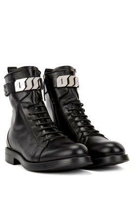 Фото №1: Ботинки от Hugo Boss из коллекции Женской обуви Women's Shoes