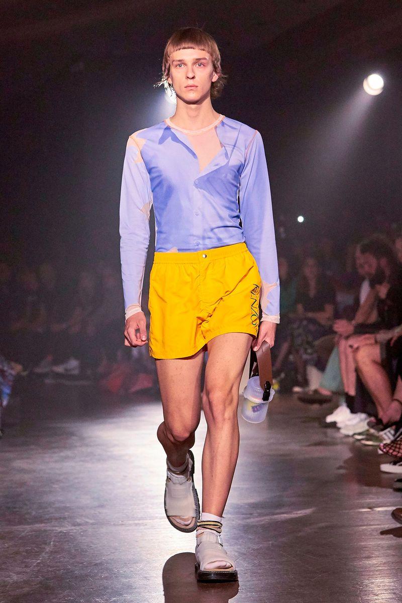 725ae2f9f1b3 Новая Коллекция Мужская одежда: футболки, костюмы, рубашки Kenzo, каталог  фотографий Kenzo Весна-Лето 2019