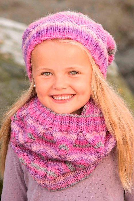 Вязаные шапки для девочек на весну 2018 фото