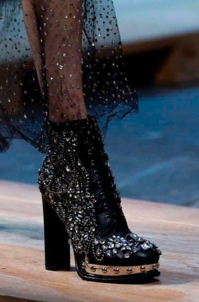Осенняя обувь женская ботинки.