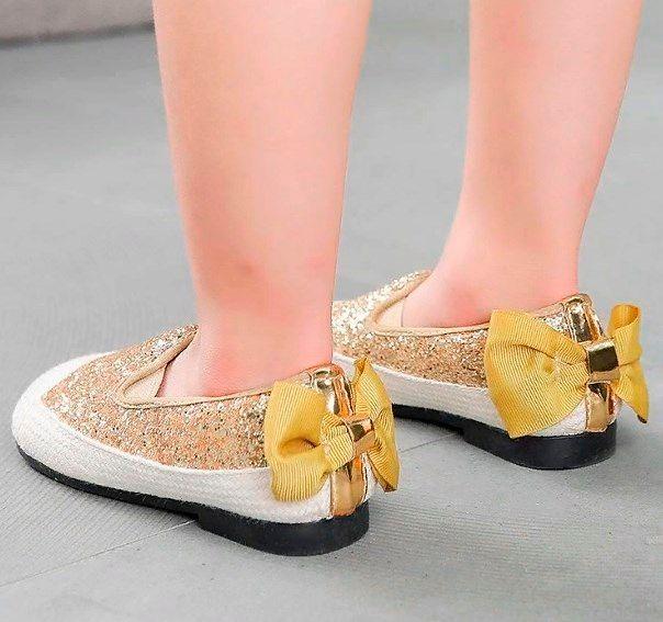 Красивые туфли для девочек.