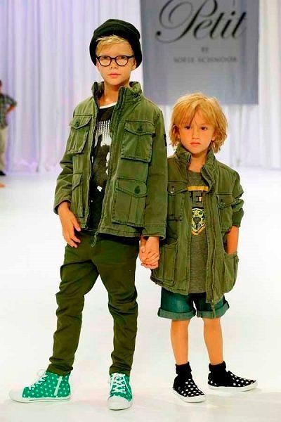 Детская одежда модная коллекция.