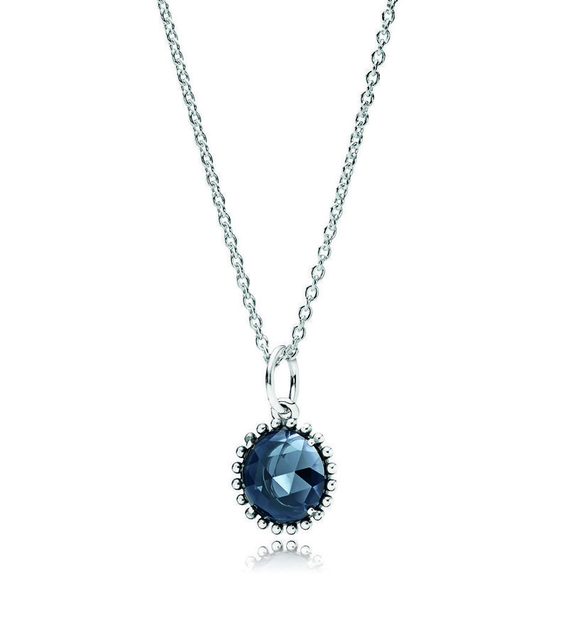 Pandora представили коллекцию «Таинственный цветок»
