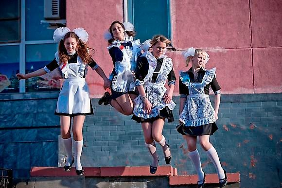 Фото №1: платье на последний звонок в 11 классе