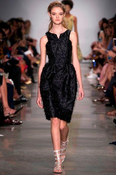 Фото №7: Маленькое черное платье от Zac Posen