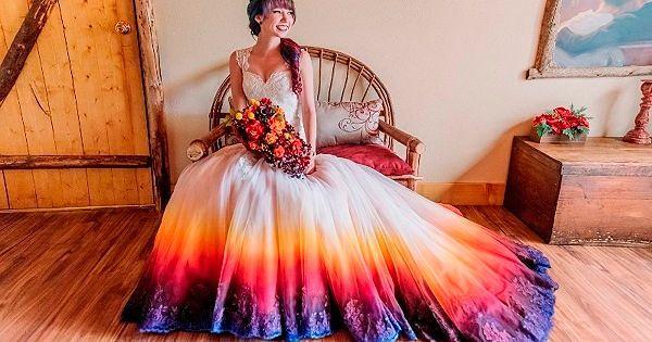 Фото №1: Необычные платья для женщин
