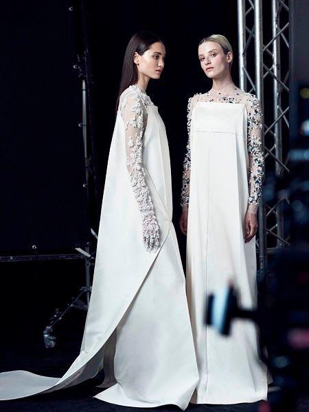 Фото №12: Необычные платья на свадьбу: фото моделей 2018 года