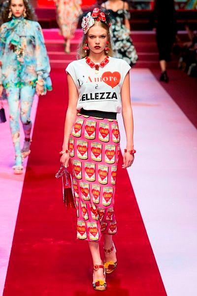 Фото №12: Юбка от дизайнеров Dolce & Gabbana