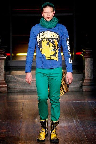 Фото №17: Мужская одежда поп-арт из коллекции Moschino