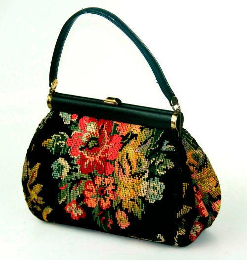 Фото №9: Маленькие сумочки из гобелена фото
