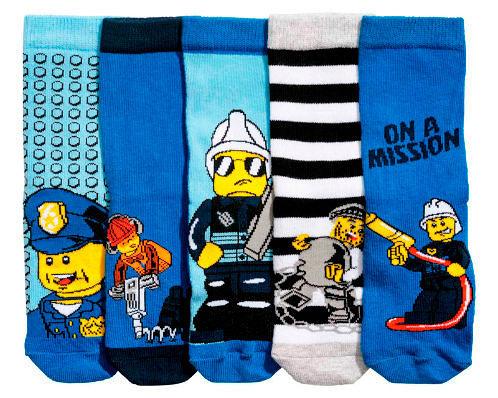 Фото №3: Скандал с носками H&M, фото