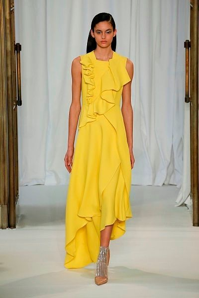 Фото №2: Платье на Новый год 2019: фото модели из новой коллекции Delpozo