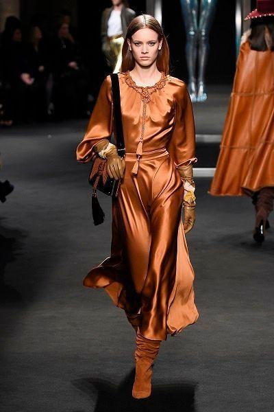 Фото №9: Платья на Новый год 2019: мода