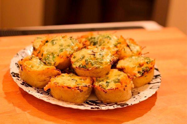 Фото №14: Картофельные тарталетки украсят новогодний стол
