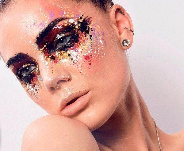 Фото №2: Блеск и яркие краски - тренды make up