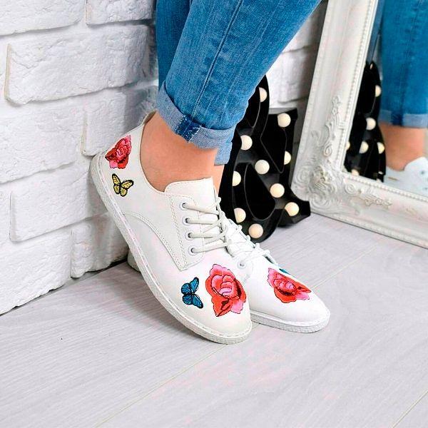 Фото №5: Модные женские кроссовки 2019.