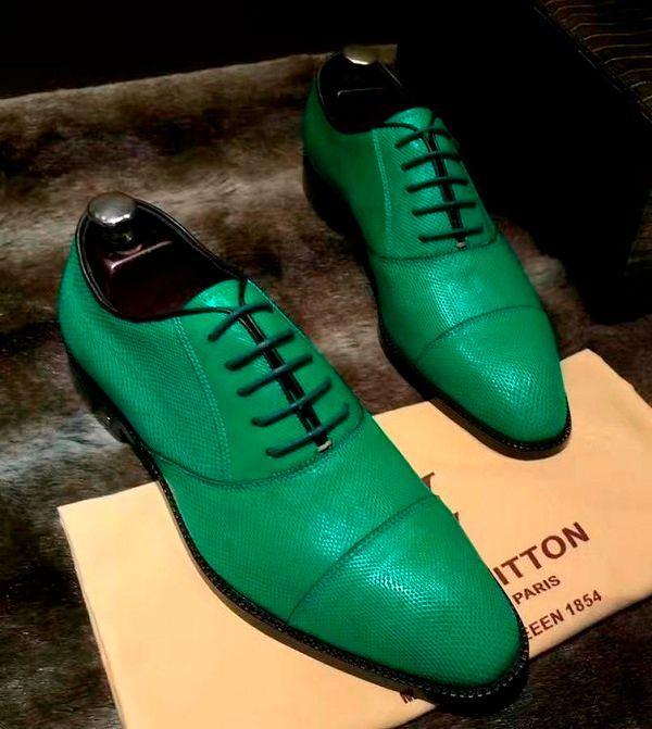 Фото №10: Цветные мужские туфли 2019.