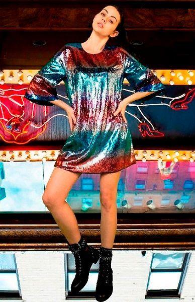 Фото №5: Модный цвет платья на новый год 2020.