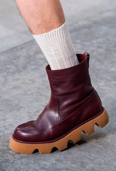 Фото №13: Новые коллекции мужской обуви - тренды 2020.