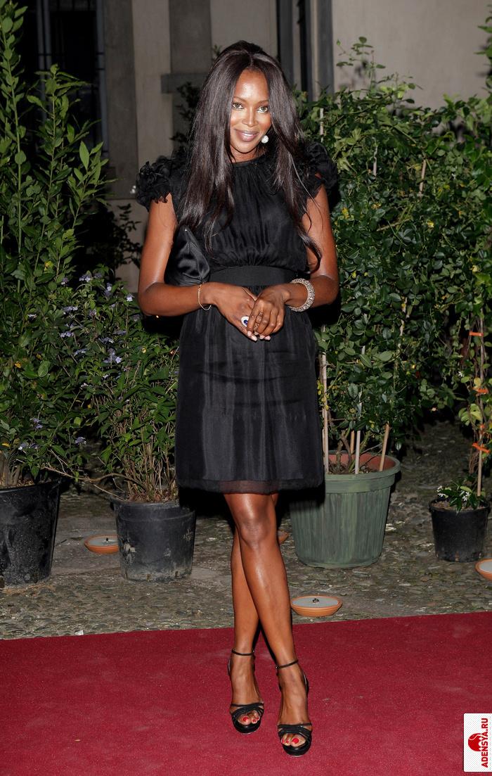 Naomi cbell наоми кэмпбелл в платье dolce
