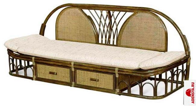 Плетеная мебель - диваны, кровати и прикроватные тумбы