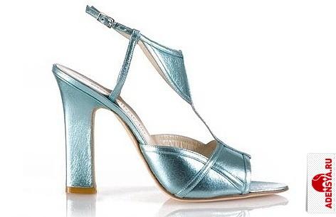 Модные тенденции обуви и сумок в исполнении Furla.
