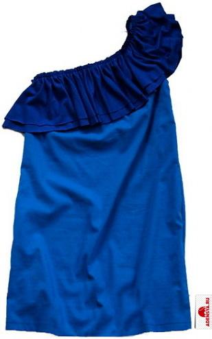 коллекции Vika Smolyanitskaya.  Платье трикотажное синее с асимметричным воланом на одно плечо и карманами. .