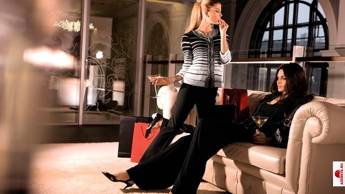 e70c8d6c58bb Уже с 1989 года начинается открытие бутиков Elegance во многих столицах  высокой моды – Лондоне, Париже, Лиссабоне, ...