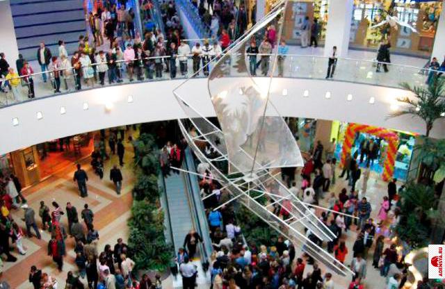 Первый молл ПАРК ХАУС открылся в 2002 в Самаре В 2001-2002 велась активная разработка программы создания...