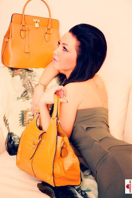 ...сумки летние текстильные, - актуальные цены на шубы - в любое время.