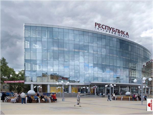 porno-foto-bomzhi-trahayut-devushek