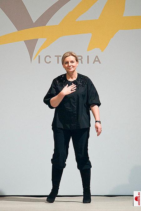 Андреянова виктория платье