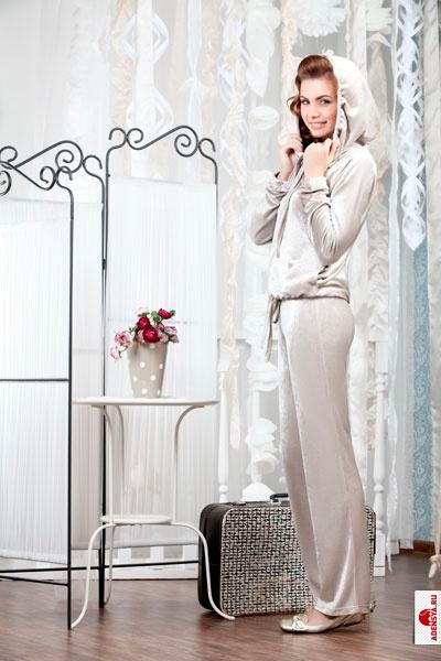 Описание одежда для женщин из испании